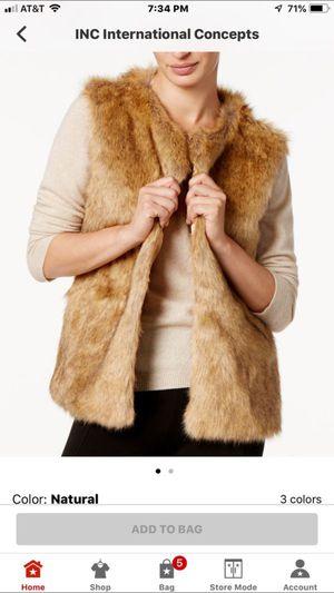 Macy's iNC faux fur vest for Sale in East Saint Louis, IL