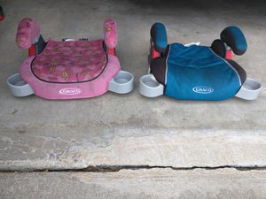 Booster car seat pink blue girl boy for Sale in O'Fallon, MO