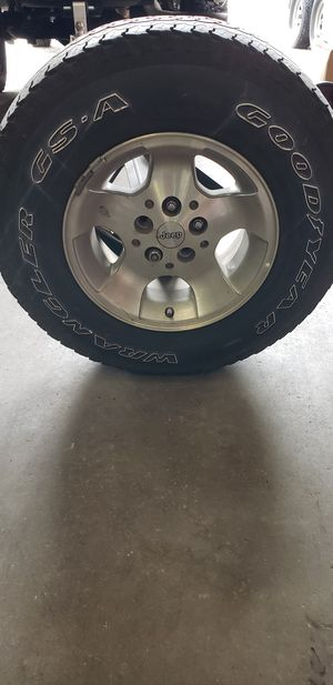 Jeep wheel for Sale in Palm Harbor, FL