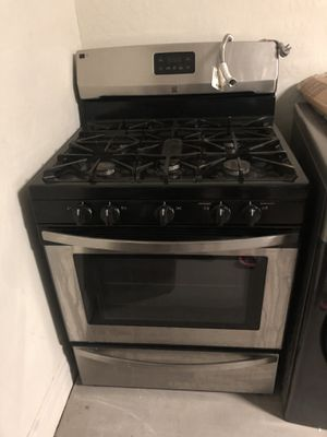 Kenmore Stove selling as is pick up only for Sale in Los Angeles, CA