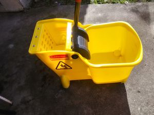 All in one commercial mop bucket new for Sale in Coral Springs, FL