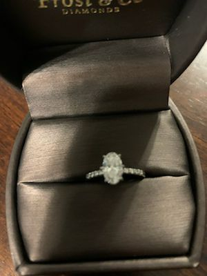 1.01 oval diamond engagement ring for Sale in Bridgeville, PA
