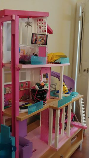 Doll House for Sale in Pompano Beach, FL