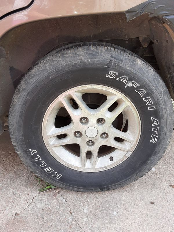 Two Used Jeep Grand Cherokee Tires With Rims