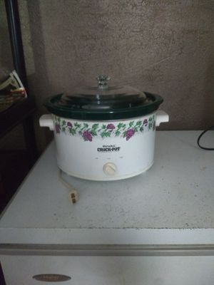 Rival large crock pot for Sale in Elyria, OH