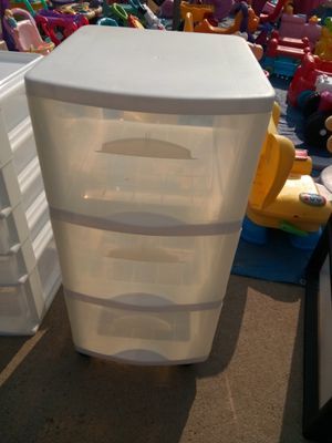 Nice plastic drawer for Sale in Fresno, CA