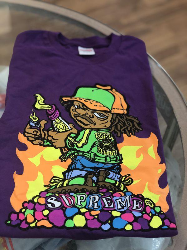 Brand new Molotov Kid T-shirt size Large