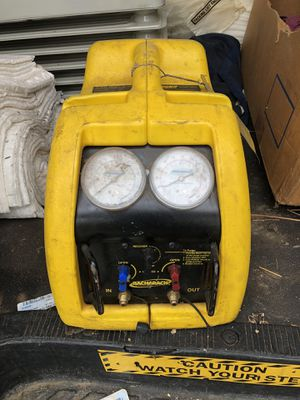 Bacharach Stinger Freon recovery machine for Sale in Morrisville, PA