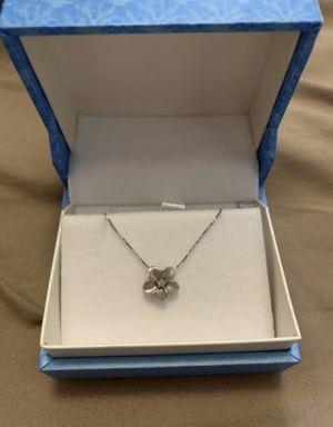 Maui Divers Plumeria Necklace White Gold for Sale in Anaheim, CA