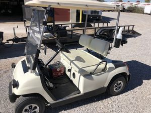 Yamaha electric golf cart new batteries great shape ready to go for Sale in Alvaton, KY