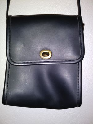 Small Leather cross body messenger bag for Sale in Westminster, CO