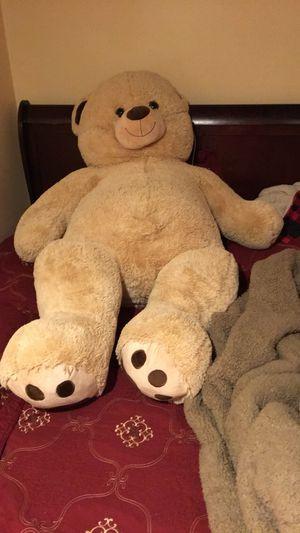 Jumbo teddy bear for Sale in Pataskala, OH