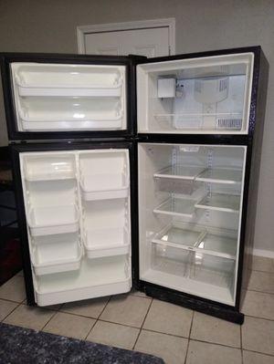 Sears Refrigerator for Sale in Oklahoma City, OK