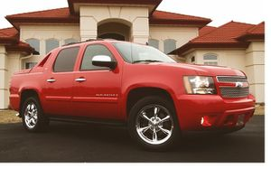 For Sale 2008 Chevrolet Avalanche 4WD Wheelsss/Stored garage for Sale in Alexandria, VA