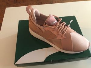 Peach- puma size9 $80 for Sale in Glen Burnie, MD