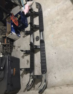 Chevy Silverado Assist steps crew cab 14-18 side steps nerf bars oem for Sale in Crowley, TX