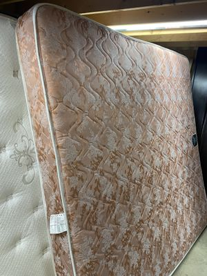 Clean Good Condition Standard King Mattress for Sale in Woodbridge, VA