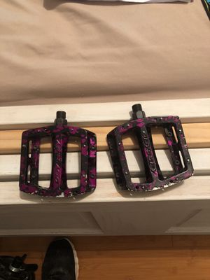 Odyssey purple rain bmx bike pedals , limited edition only came out once for Sale in Dundalk, MD
