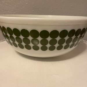 LARGE GREEN DOT PYREX BOWL for Sale in Riverside, CA