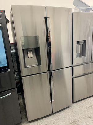 Counter Depth Samsung 4-Doors Refrigerator With Showcase for Sale in Orange, CA