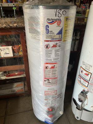 Water heater 40 galones 3 meses de garantía for Sale in Los Angeles, CA
