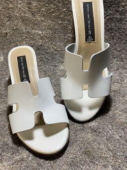 Steve Madden Steven Foreva White Sandal Heels 6.5 for Sale in Knightdale,  NC