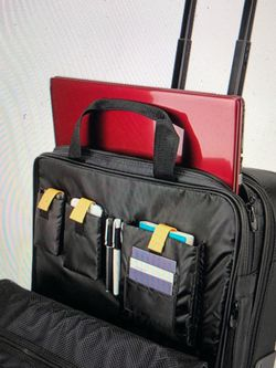 Suitcase for Sale in Staten Island,  NY