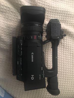 Canon XF100 HD for Sale in Alexandria, VA
