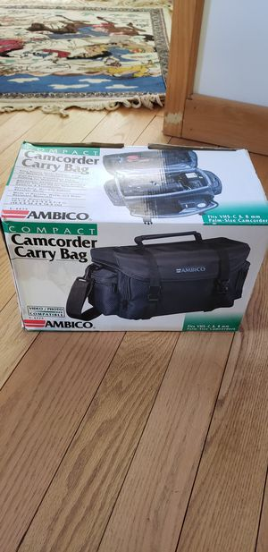 AMBICO Black Naylor Camcorder/ Camera Bag V- 4475( new) for Sale in New Haven, CT