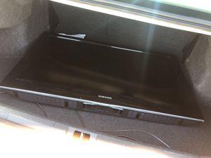 Samsung TV 40 inch for Sale in Dallas, TX