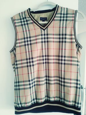 100% Authentic Burberry vest. Size small. Fits like a medium for Sale in Fort Washington, MD
