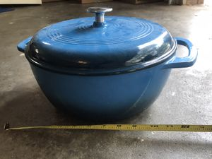 Cast Iron Pot for Sale in Clearwater, FL
