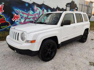 2012 Jeep Patriot Latitude 120k $5500 for Sale in Miami, FL