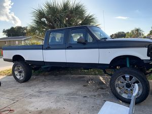 96 Ford F-350 crew cab 4d for Sale in Winter Haven, FL