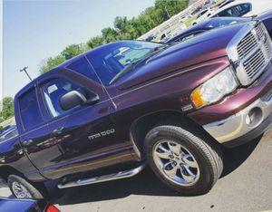 Dodge ram 1500 Hemi 2005 for Sale in Hyattsville, MD