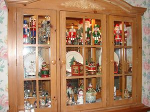 TOP ONLY CHINA CABINET for Sale in Aurora, OH