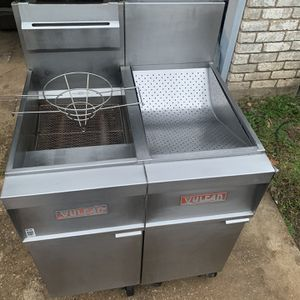 Gas Fryer And Holding Station for Sale in Dallas, TX