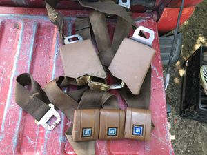 73-87 bench seat belts set for Sale in Modesto, CA