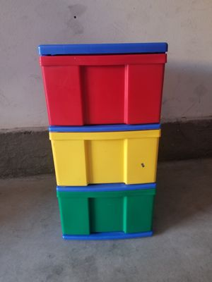 3 drawer plastic bins for Sale in Irvine, CA