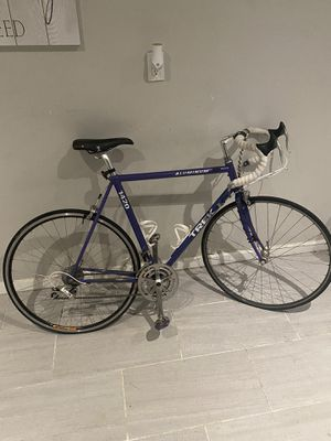 Trek 1420 Aluminum Road Bike for Sale in Scottsdale, AZ