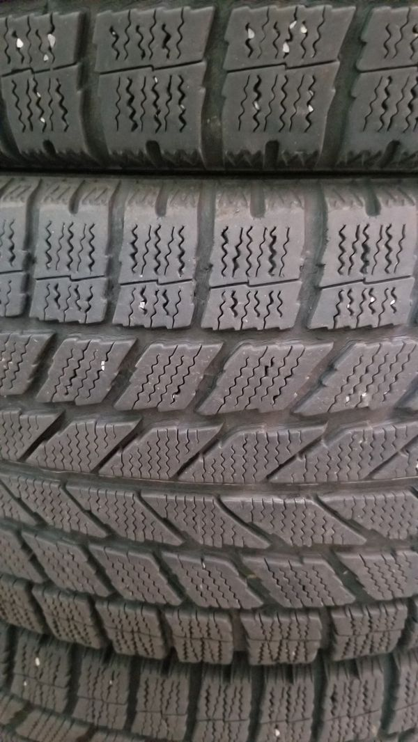 Toyo Observe Garit Studless Tires - 205/55 R16 - Really Good Condition!!!