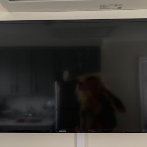 Samsung Tv 32 In for Sale in Queens, NY