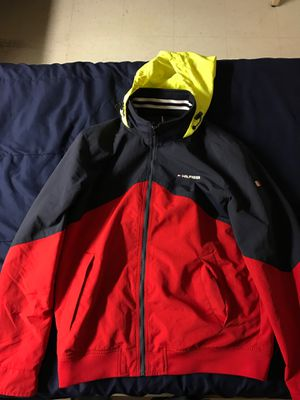 Tommy Hilfiger waterproof jacket (medium) for Sale in MONTGOMRY VLG, MD