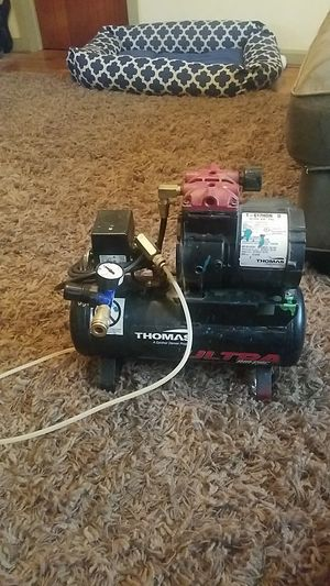 Thomas air compressor for Sale in Springfield, OR