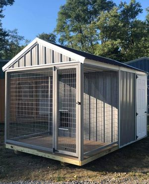 8x12 deluxe kennel SEE DESCRIPTION for Sale in Batavia, OH