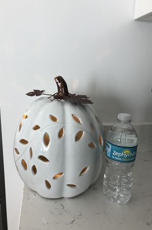 Fall 🍂XLarge, Light up Pumpkin for Sale in West Palm Beach, FL