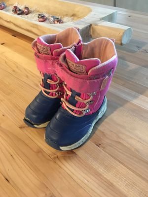 Girls winter boots for Sale in Bonney Lake, WA