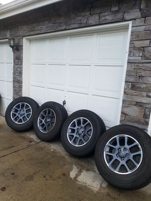 "2020 jeep wrangler gladiator wheels and tires. Like new. 18"" for Sale in Spanaway, WA"