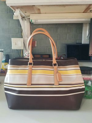 Authentic Coach tote purse (used) for Sale in Lincoln Acres, CA
