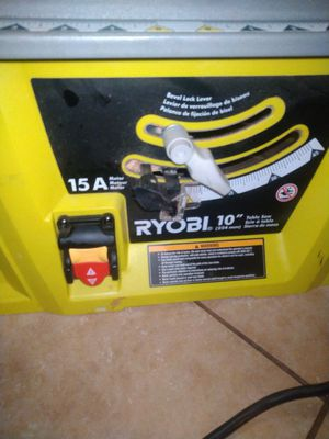 Ryobi 10in corded table saw handle to raise up and down the blade is broken still goes up and down. for Sale in Moreno Valley, CA